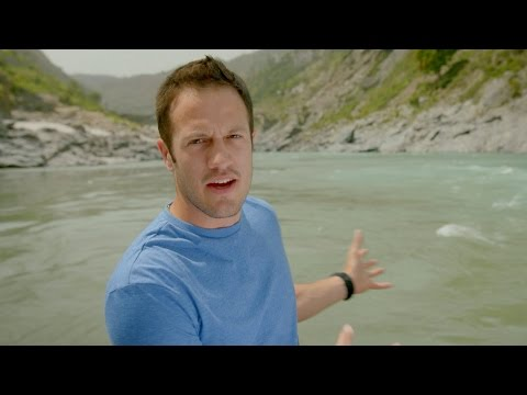 Bathing in the Ganges - India: Nature's Wonderland - Episode 1 Preview - BBC Two
