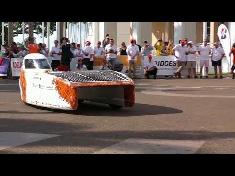 شاهد: فعاليات سباق بريدجستون -للسيارات الشمسية- في أستراليا…  - نشر قبل 60 دقيقة