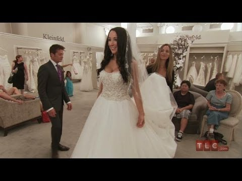 Wedding Dress Tips - A Ball Gown for All Seasons | Say Yes to the ...