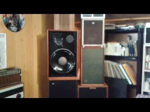Another demo of the yamaha hifi in pure direct