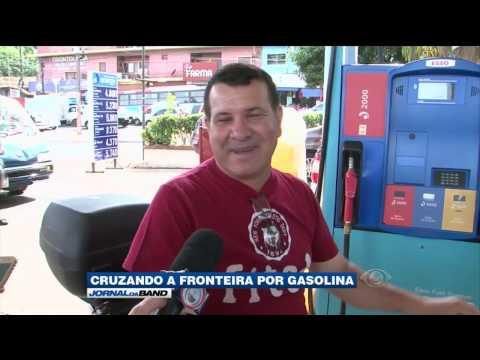 Brasileiros buscam gasolina mais barata no Paraguai