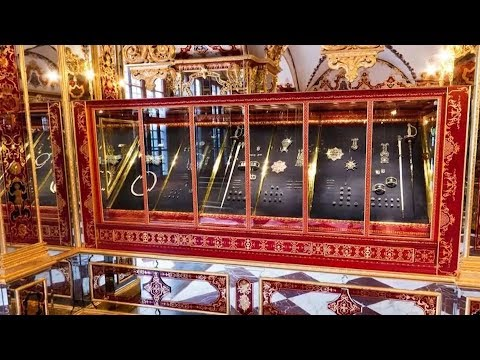 video: Precious jewels worth £855m stolen in spectacular heist at historic Dresden museum