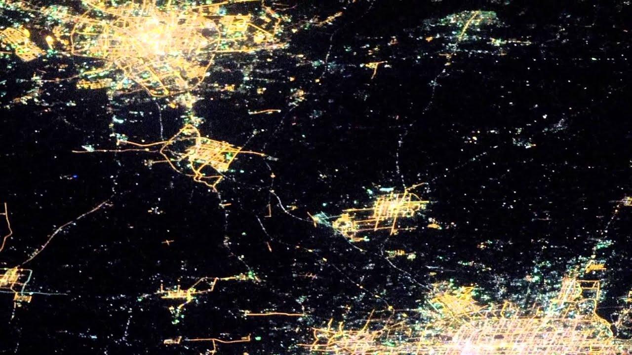 Keren Pemandangan Kota2 Di Dunia Di Malam Hari Dari Luar Angkasa