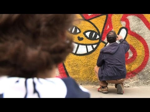 Streetart: M. Chat Sort Les Griffes Face à La RATP