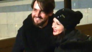 Valerio Scanu fuori da RTL insieme con i suoi Fan 03/02/16