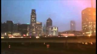 Weather sirens sound as multiple tornadoes hit Dallas, Tx