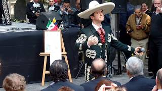 Ay Jalisco no te rajes!! Lorenzo Negrete