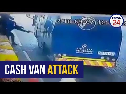 WATCH: Audacious thieves steal R10 000 in cash-in-transit robbery