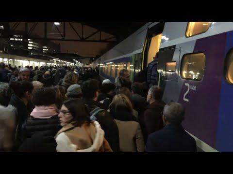 Pourquoi la gare Montparnasse est touchée par des pannes à répétitions