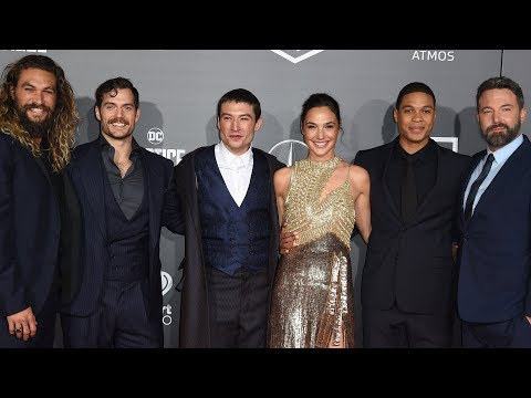 """Superheroes descend on Hollywood for """"Justice League"""" premiere"""