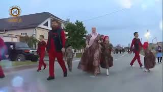 كيف يعيش رئيس الشيشان مع عائلته ..رمضان قاديروف