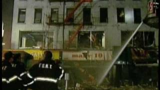 COOL NYC BUILDING COLLAPSE-Seen On Destroyed In Seconds