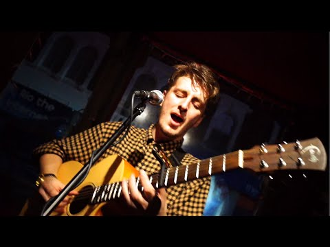 Benjamin Yellowitz - Berlin Bar (Official Tour Music Video)