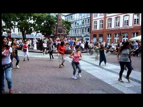 Flashmob Perú Liebfrauenberg - Frankfurt am Main 2011 - 10.09.2011