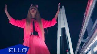 Смотреть клип Татьяна Тузова - Просто Кукла.