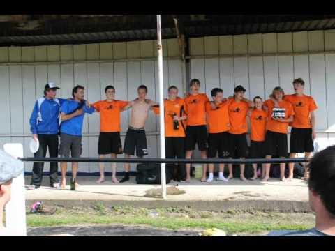 Jong Oranje zingt Wilhelmus op Laff na hun eerste toernooiwinst ultimate frisbee