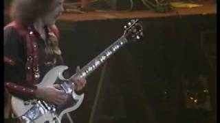 Saxon - Power and the Glory (live '83)