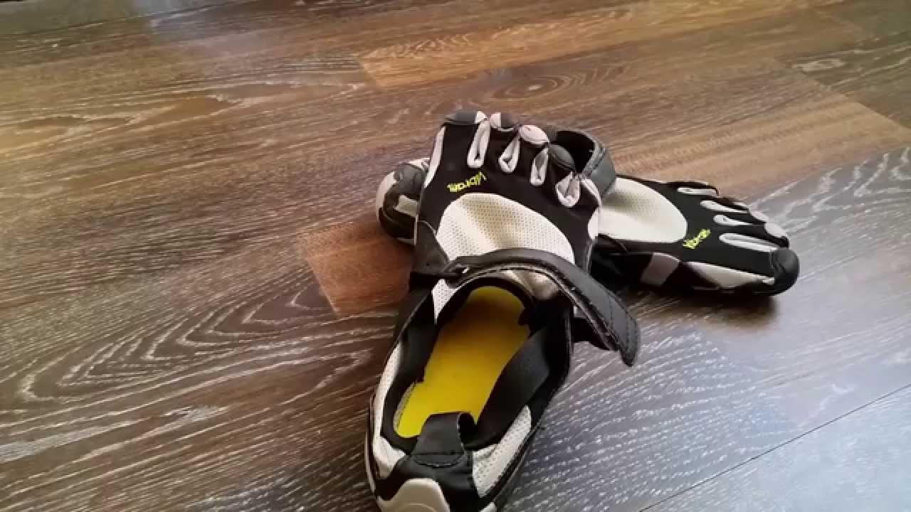 Мужские и женские сланцы adidas в интернет магазине. Официальный поставщик adidas в беларуси. Каталог товаров с фото и описанием.