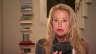 Åsa blir attackerad i hemmet   Svenska Hollywoodfruar