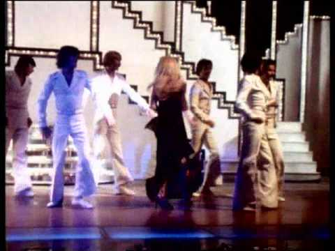"DALIDA - ""J'Attendrai"" (1976)"