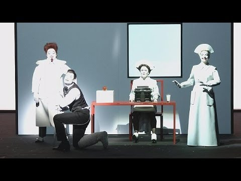 Avant-garde theatre marks WWI centenary in Prague - le mag