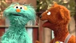 Sesame Street - Snuffy Saves Elmo