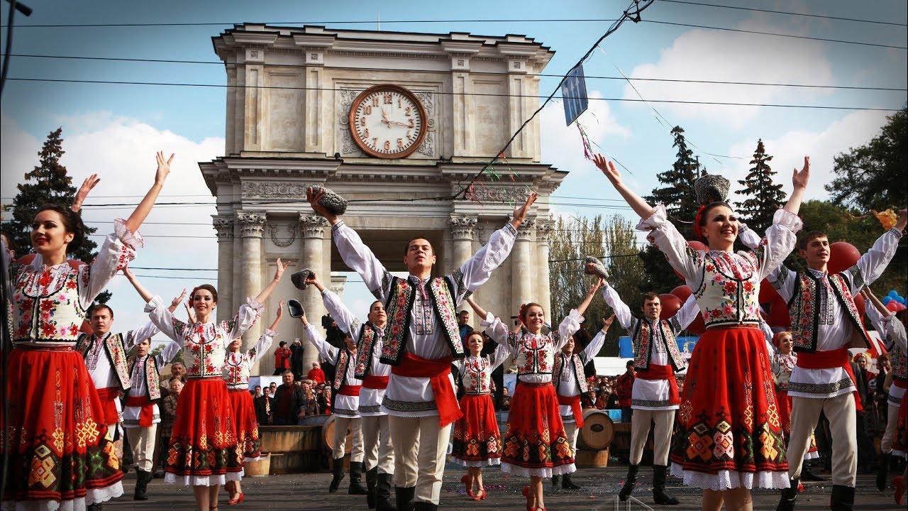 Muzica Moldoveneasca De Petrecere Si Sarbatori Youtube