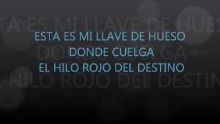 ESTA ES MI LLAVE DE HUESO DONDE CUELGA EL HILO ROJO DEL DESTINO
