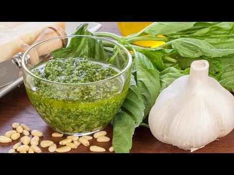 how-to-make-italian-pesto?---pesto-sauce-recipe