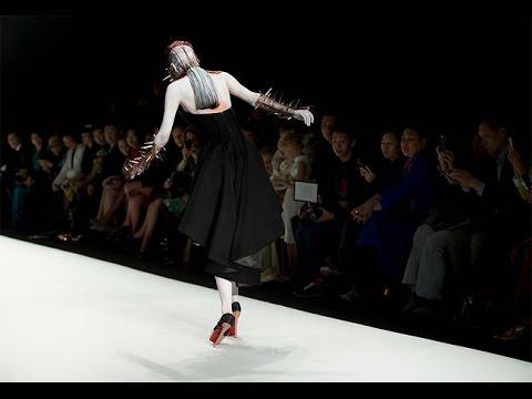 """Sheguang Hu Spring/Summer 2014 fashion show """"Thorn"""""""