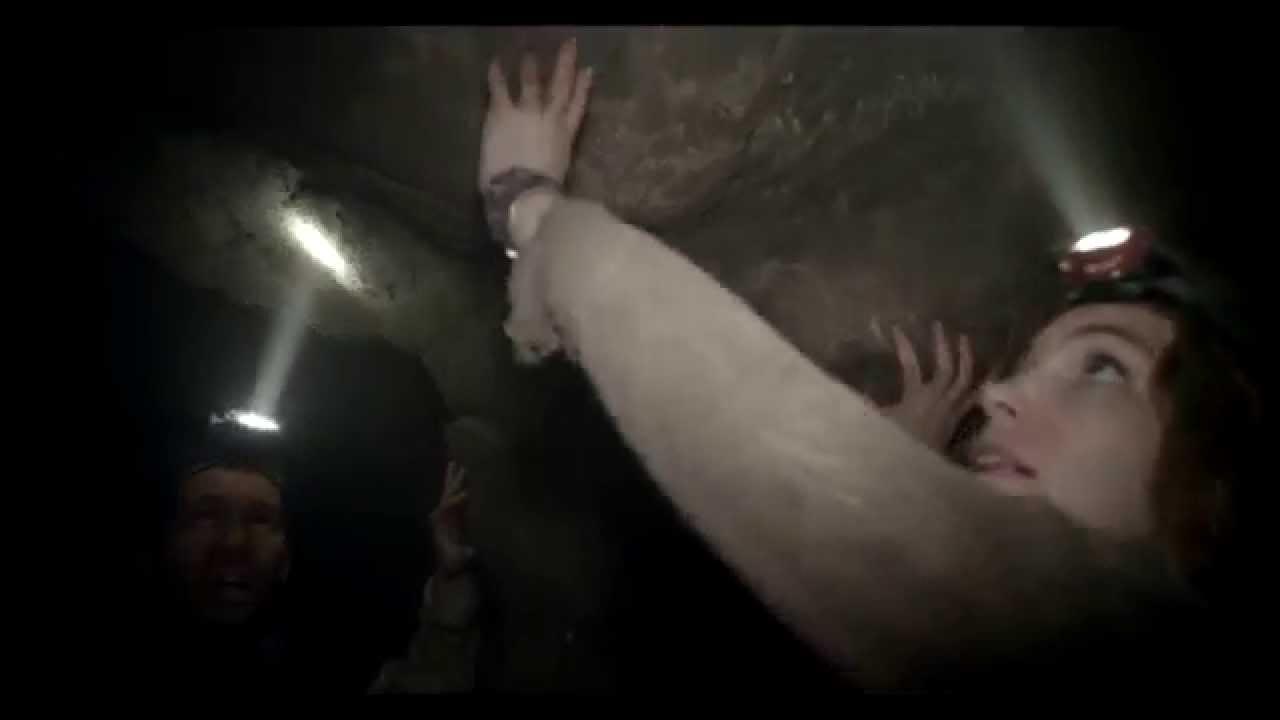 Catacombes / Extrait 1 VF « Le groupe cherche une issue » [Au cinéma le 20 août]