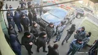 В центре Одессы стенка на стенку дрались частные охранные фирмы