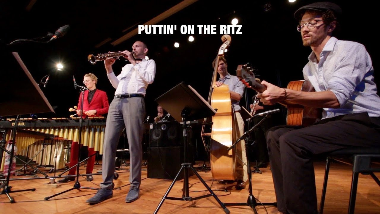 Chat Noir (+Horn Section) - Puttin On The Ritz (live)