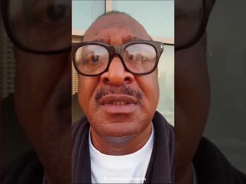 Mathew Knowles Cries About His Estranged Daughter #BeyDay