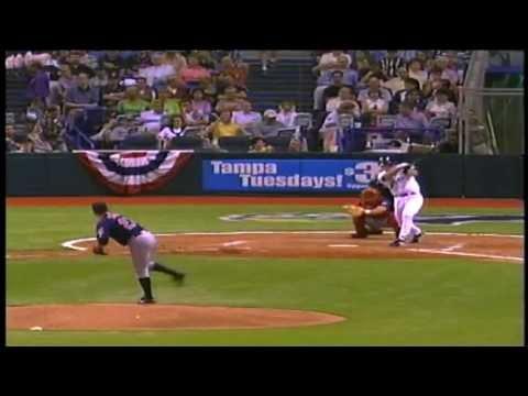 Roberto Alomar - Baseball Hall of Fame BIographies