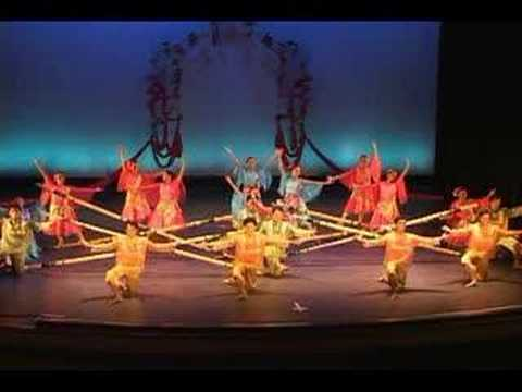 BAYANIHAN PHILIPPINE DANCE TINIKLING LEYTE DANCE THEATRE Boston - History dance film one brilliant video
