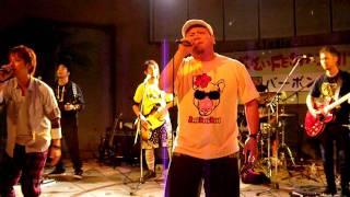2011年5月4日に川崎で行われたはいさいフェスタ。 4日のトリはバーボン...