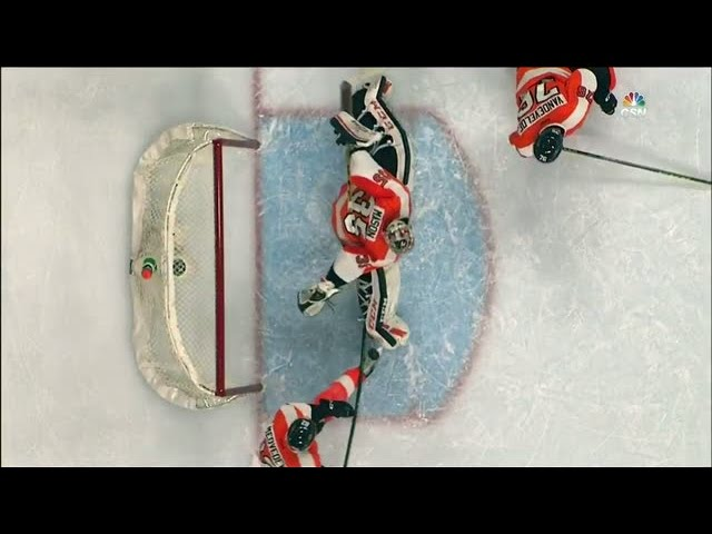 Medvedev rescues Mason with stick save