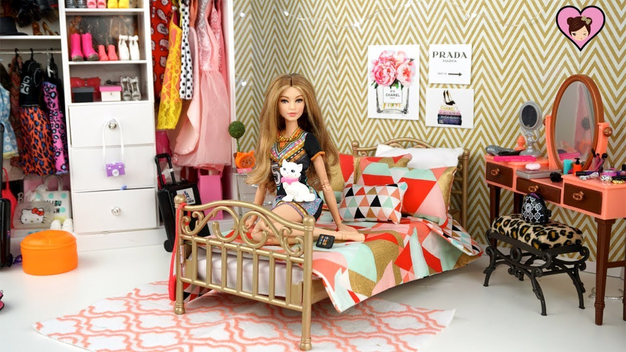 Barbie Doll Bedroom For Gigi Hadid Doll With Dress Up
