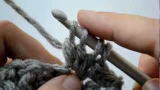 How to crochet the bobble stitch - Part 2 of 5 - Crochet Lessons