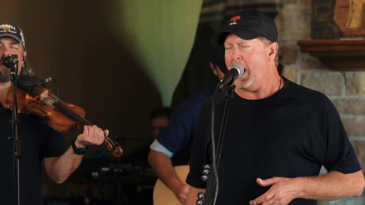 Tracy Lawrence - Rock and a Soft Place (The Man Cave Sessions)