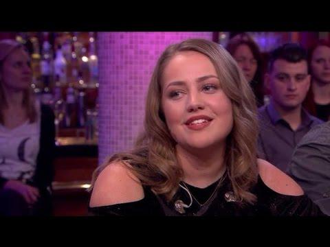 """Pleun: """"Grote eer dat ik vergeleken word met Adele"""" - RTL LATE NIGHT"""