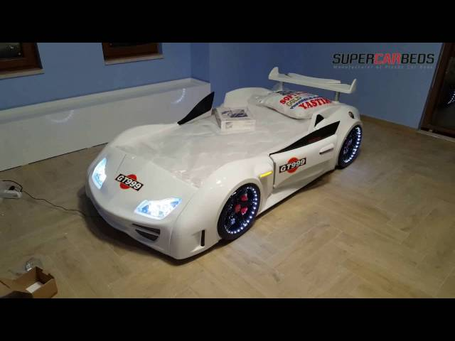 white racing car bed