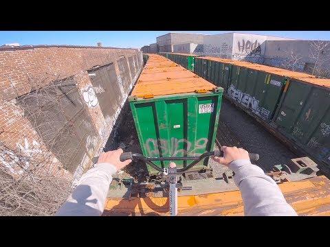 GoPro BMX: Train surfing in NYC