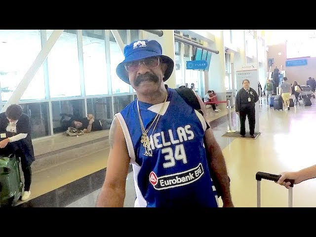 Drake\'s Dad Gets SUPER Uncomfortable When Asked About Son\'s Love Child With Adult-Film Star