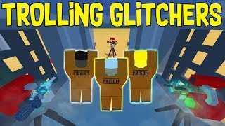 Unturned TROLLING GLITCHERS! 😆 RIP ILLEGAL 100+ LOCKERS BASE - Bye have a great time!