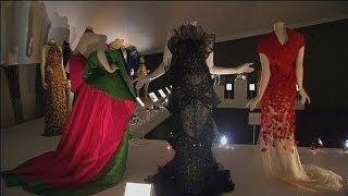 معرض للازياء الايطالية في لندن وجيورجيني من اطلقها - le mag