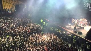 Sepultura - Troops of doom (Live Movistar Arena Chile 2015)