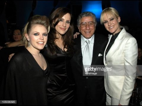 Tony Bennett - Lullaby Of Broadway (with Dixie Chicks)