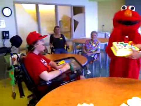 Elmo sings Happy Birthday to David